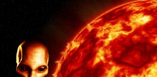 Alien UFO is Destroying The Sun Because of its Energy