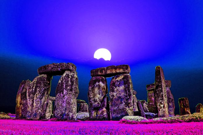 Stonehenge is a Heavenly Altar